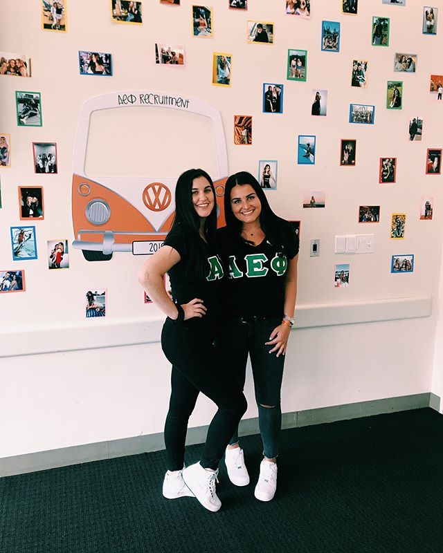 Had a GROOVY first day of recruitment! ✌🏻🌻🌈