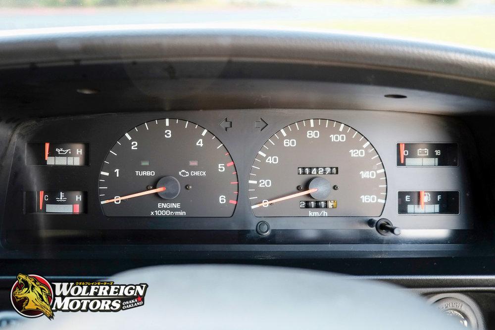 1992_JDM_Toyota_Hilux_Surf_5speed-49.jpg