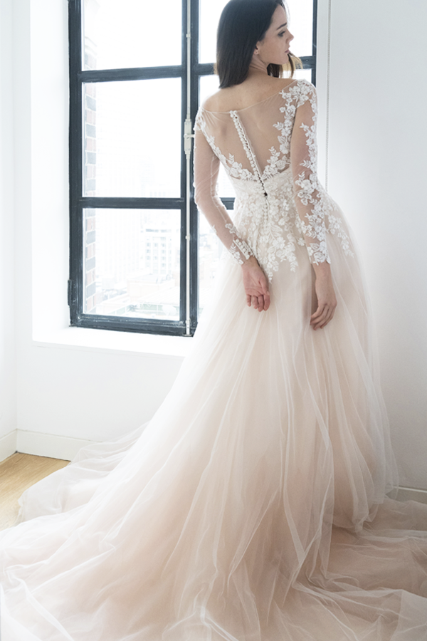 The Prettiest Blush & Light Pink Wedding Gowns — Kelly Faetanini