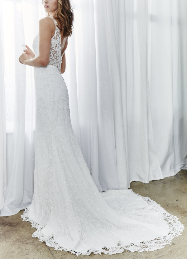 lace_wedding_dress.jpg