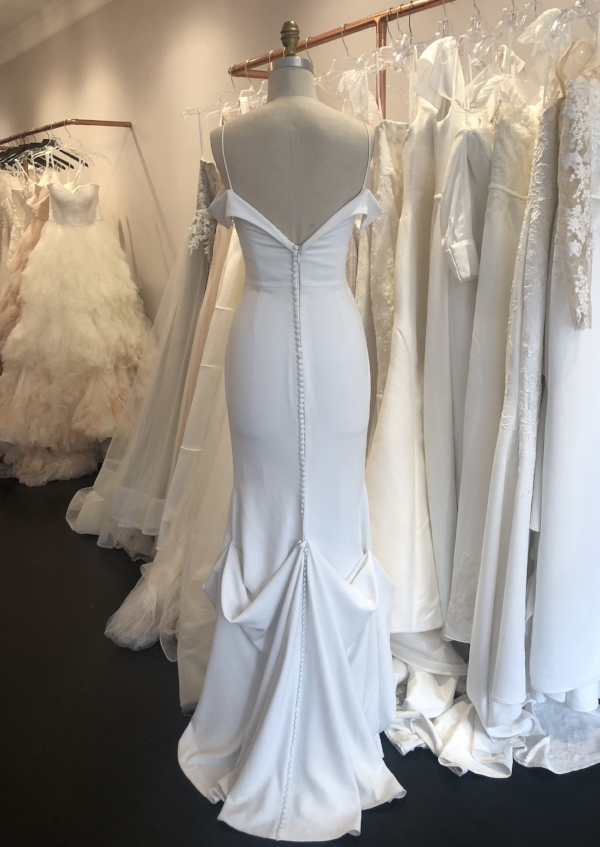 Wedding Dress Bustle Types Tips Kelly Faetanini