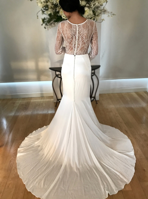 lace_long_sleeve_wedding_gown.JPG