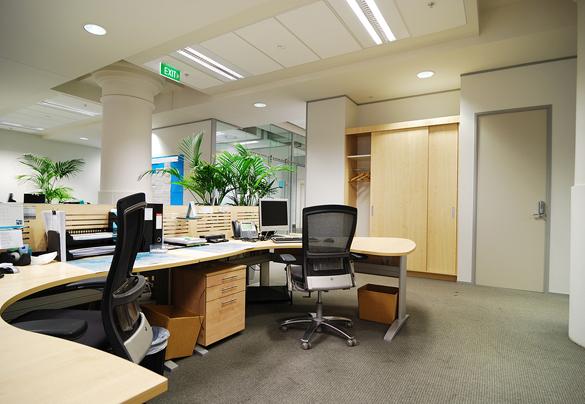 Clean office (2).jpg