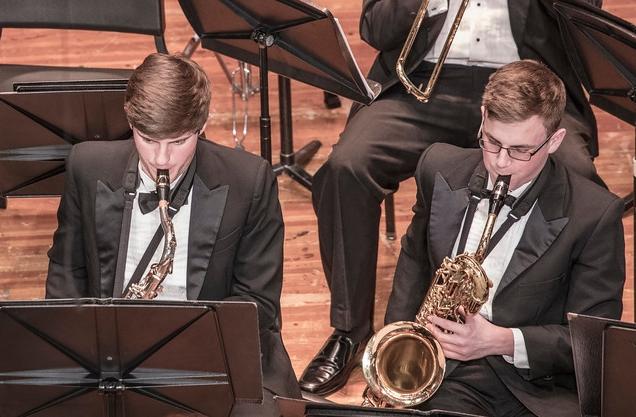 Saxophones 2016-17.jpg