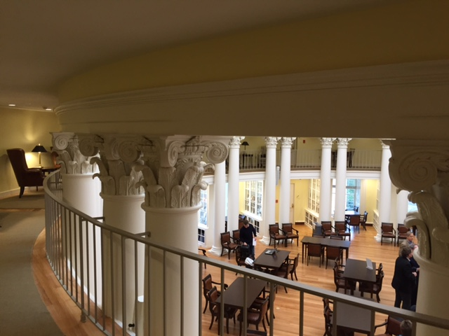The mezzanine level also contains study areas for quiet contemplation.