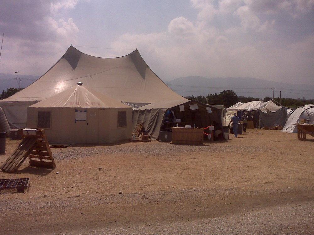 tent in haiti-2010.jpg