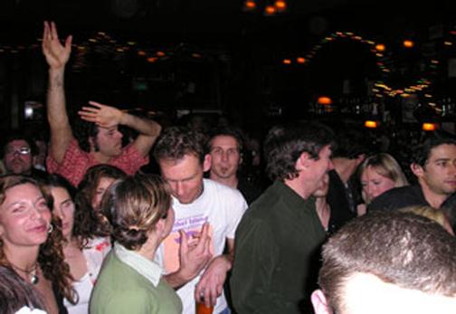 1-sw-crowd2.jpg