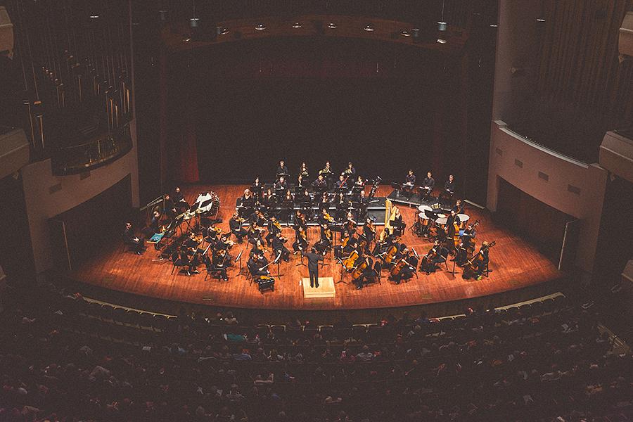 orchestra-001.jpg