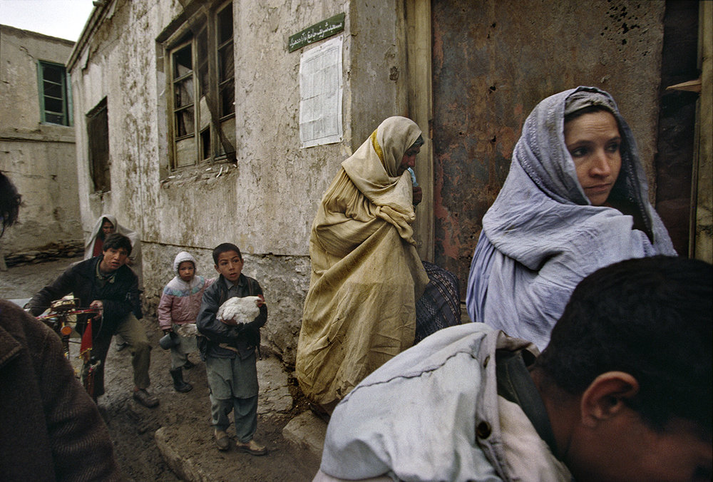 A Kabul family flees their home, 2010