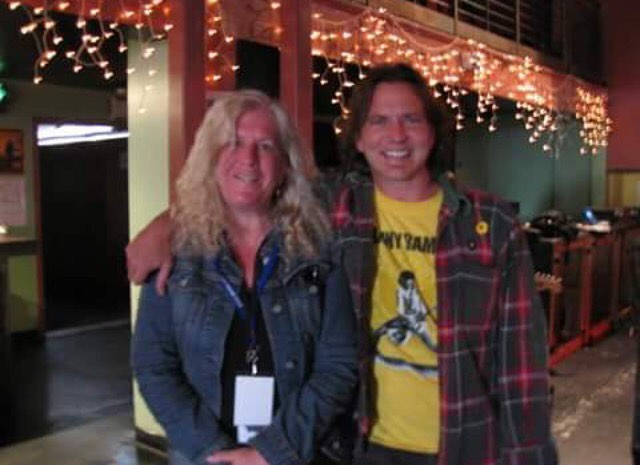 it still doesn't get any better than my mom with good old #edvedder. @robinslick: radical hippie, rock mom, erotic novelist, paralegal, sweetest person. 💗