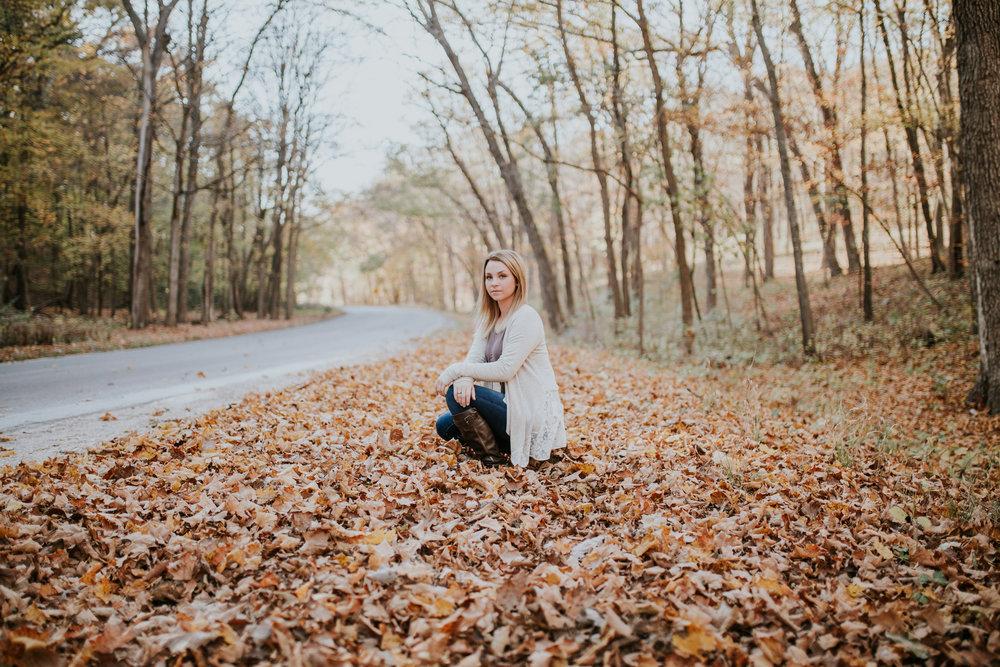 Kaitlynn | TBHS Senior | St. Louis Senior Photography | Sparrow & Gold Photography - St. Louis Senior Photographer