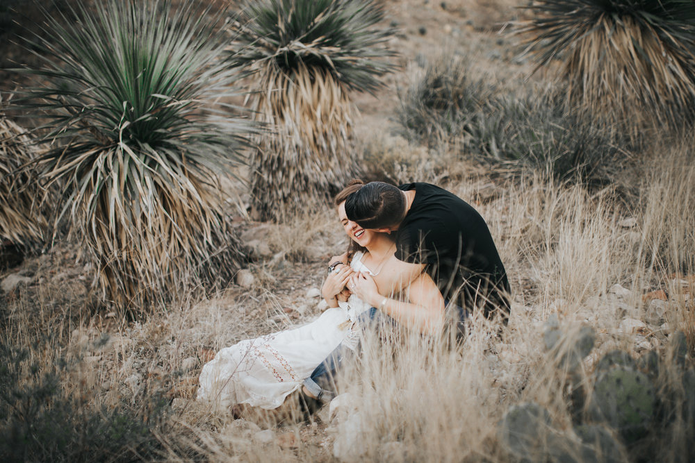 el-paso-franklin-mountains-engagement-photographer-2