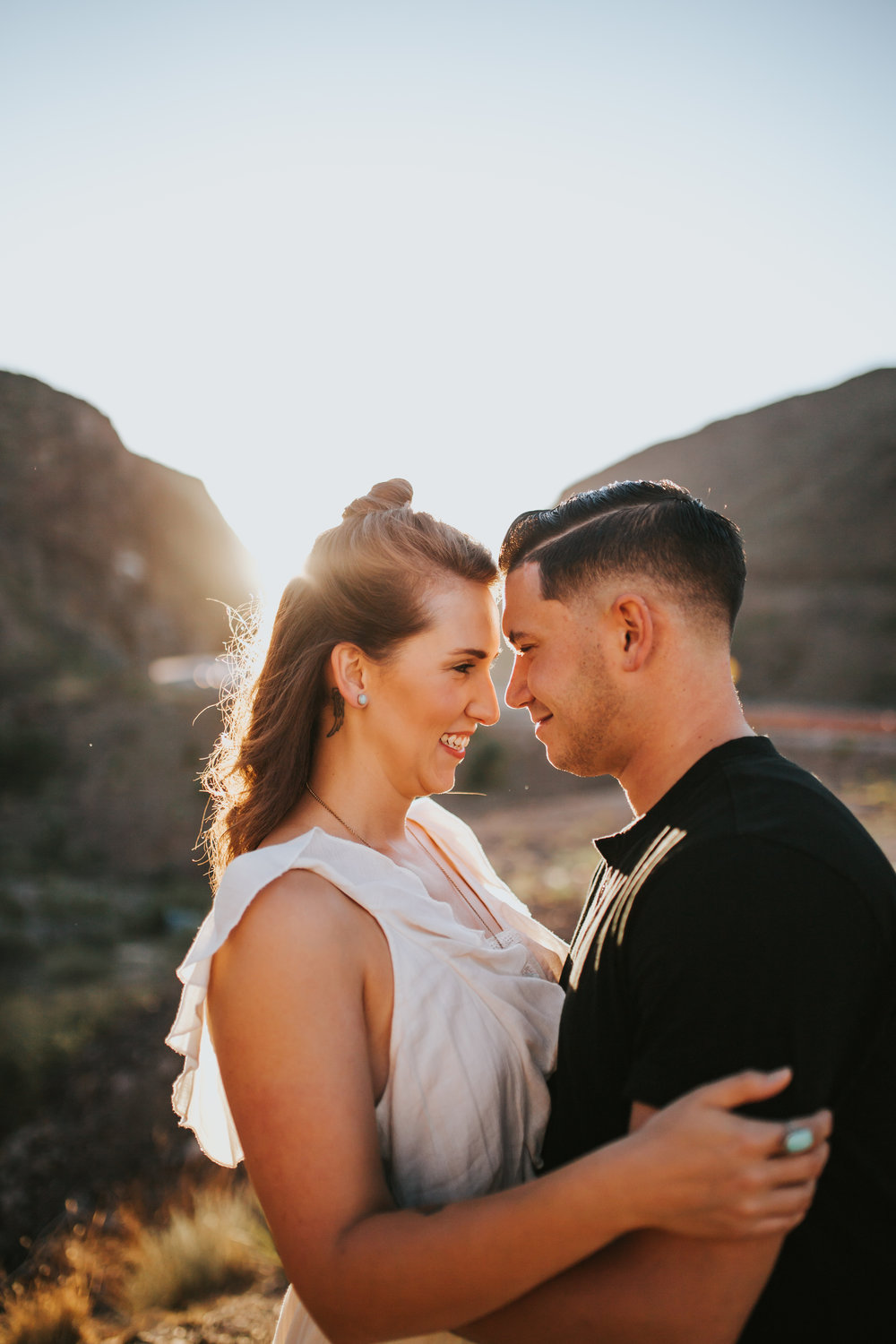 el-paso-franklin-mountains-engagement-photographer-4