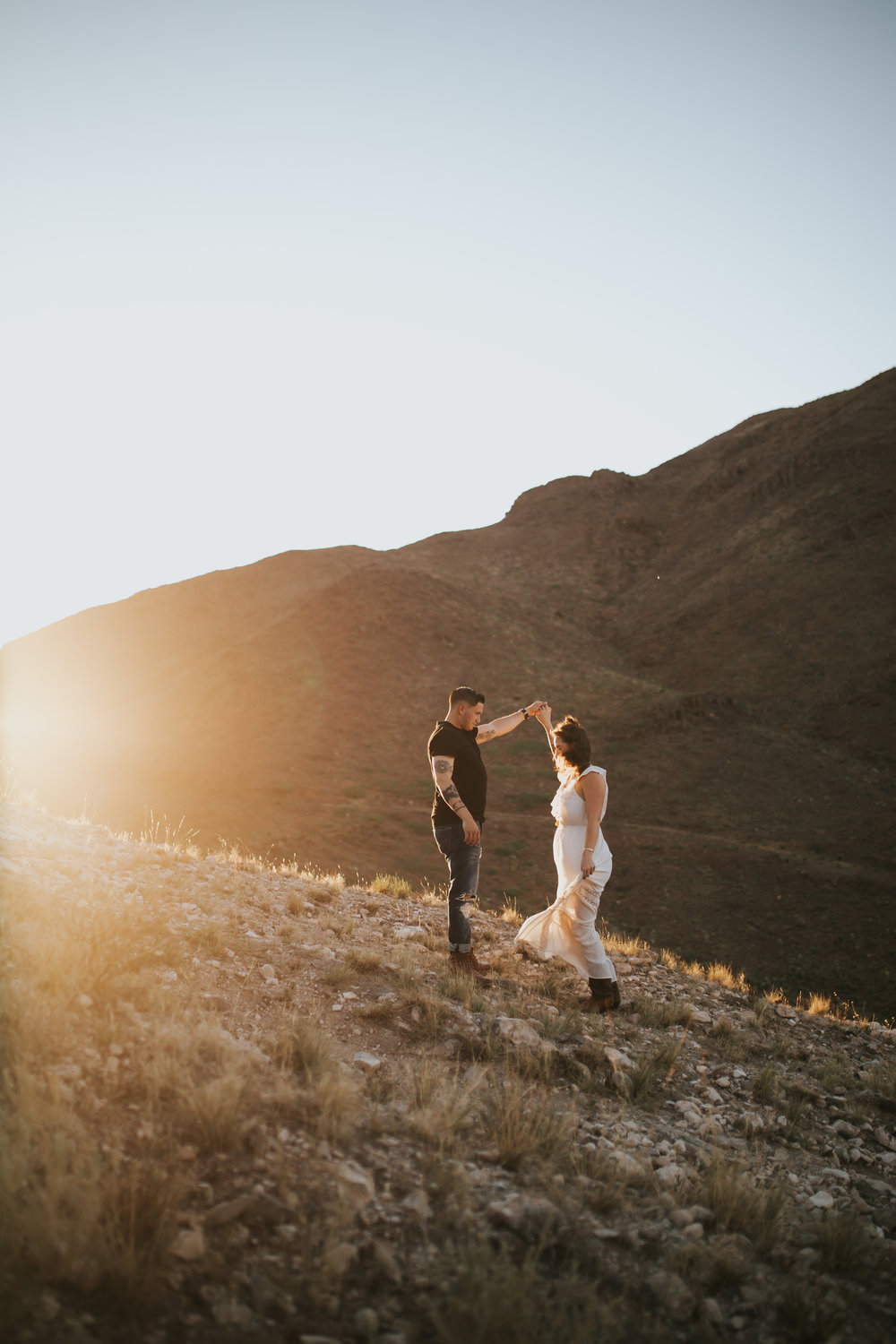 el-paso-franklin-mountains-engagement-photographer-10