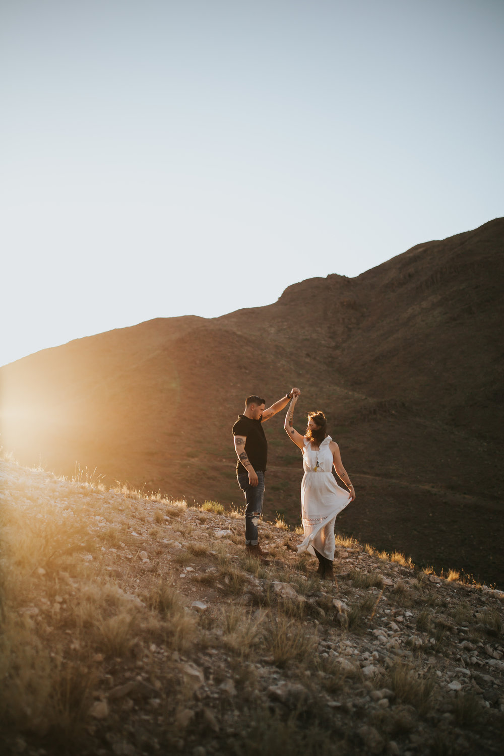 el-paso-franklin-mountains-engagement-photographer-11