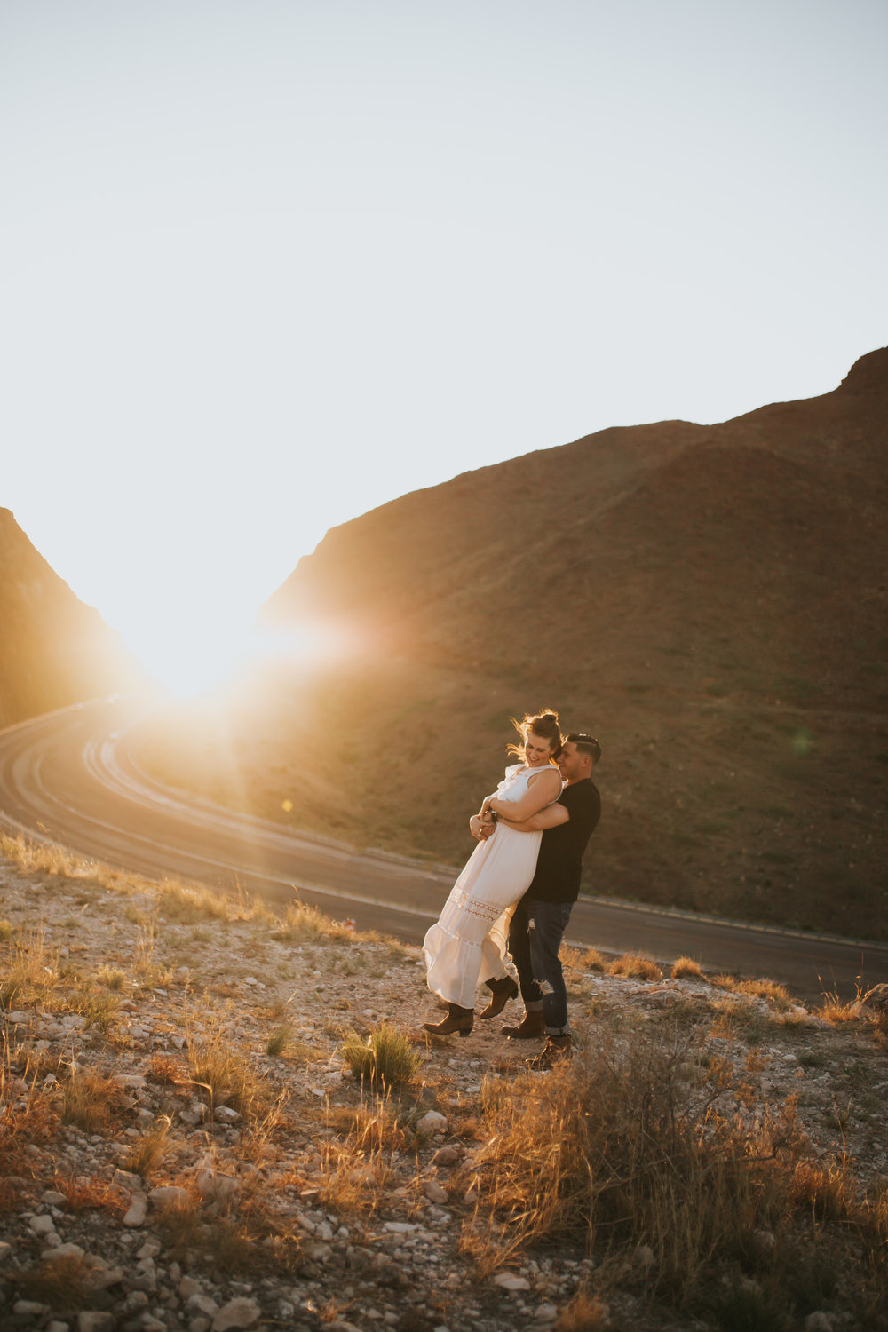 el-paso-franklin-mountains-engagement-photographer-15