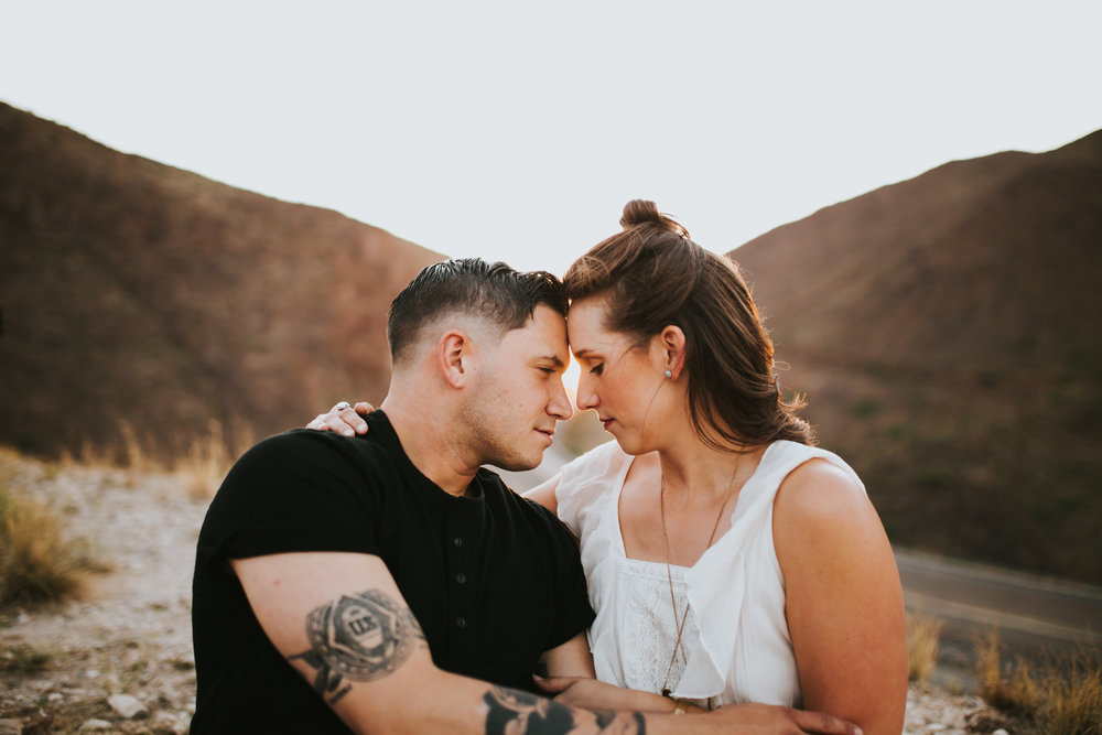 el-paso-franklin-mountains-engagement-photographer-18