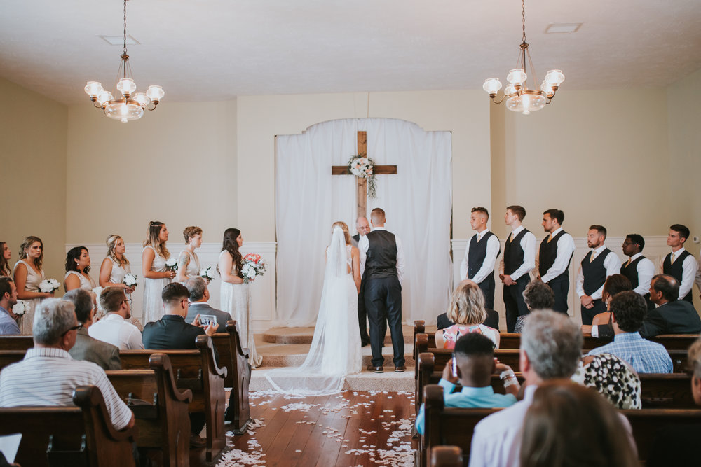 heritage-chapel-st-louis-wedding-photographer-36