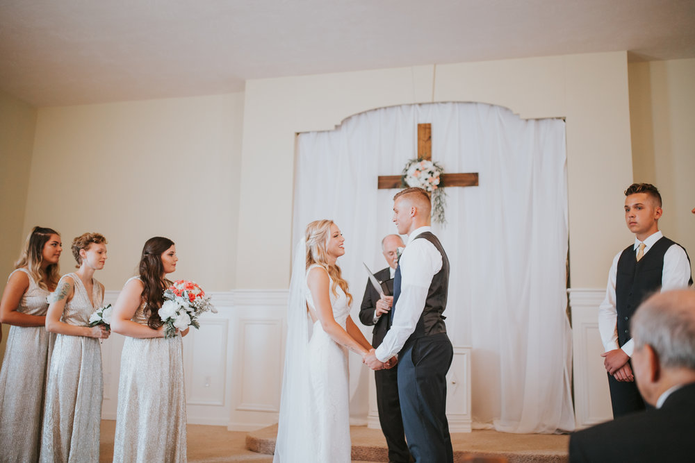 heritage-chapel-st-louis-wedding-photographer-37