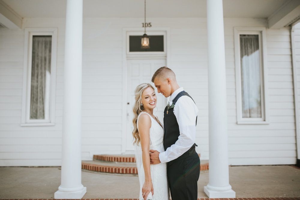 heritage-chapel-st-louis-wedding-photographer-70