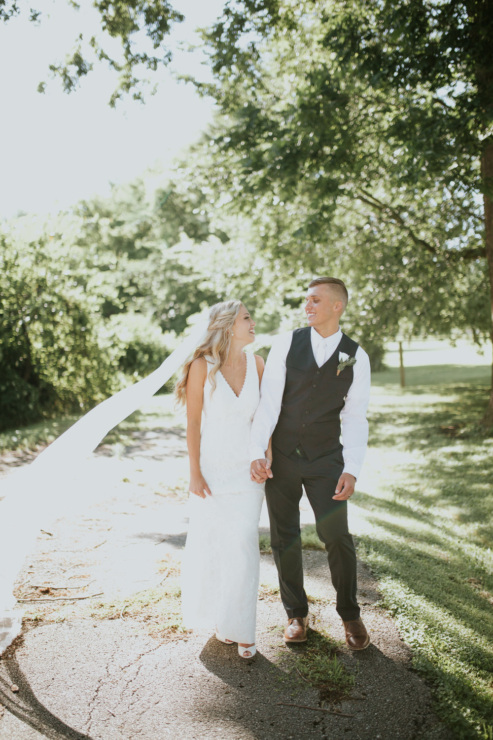 heritage-chapel-st-louis-wedding-photographer-83