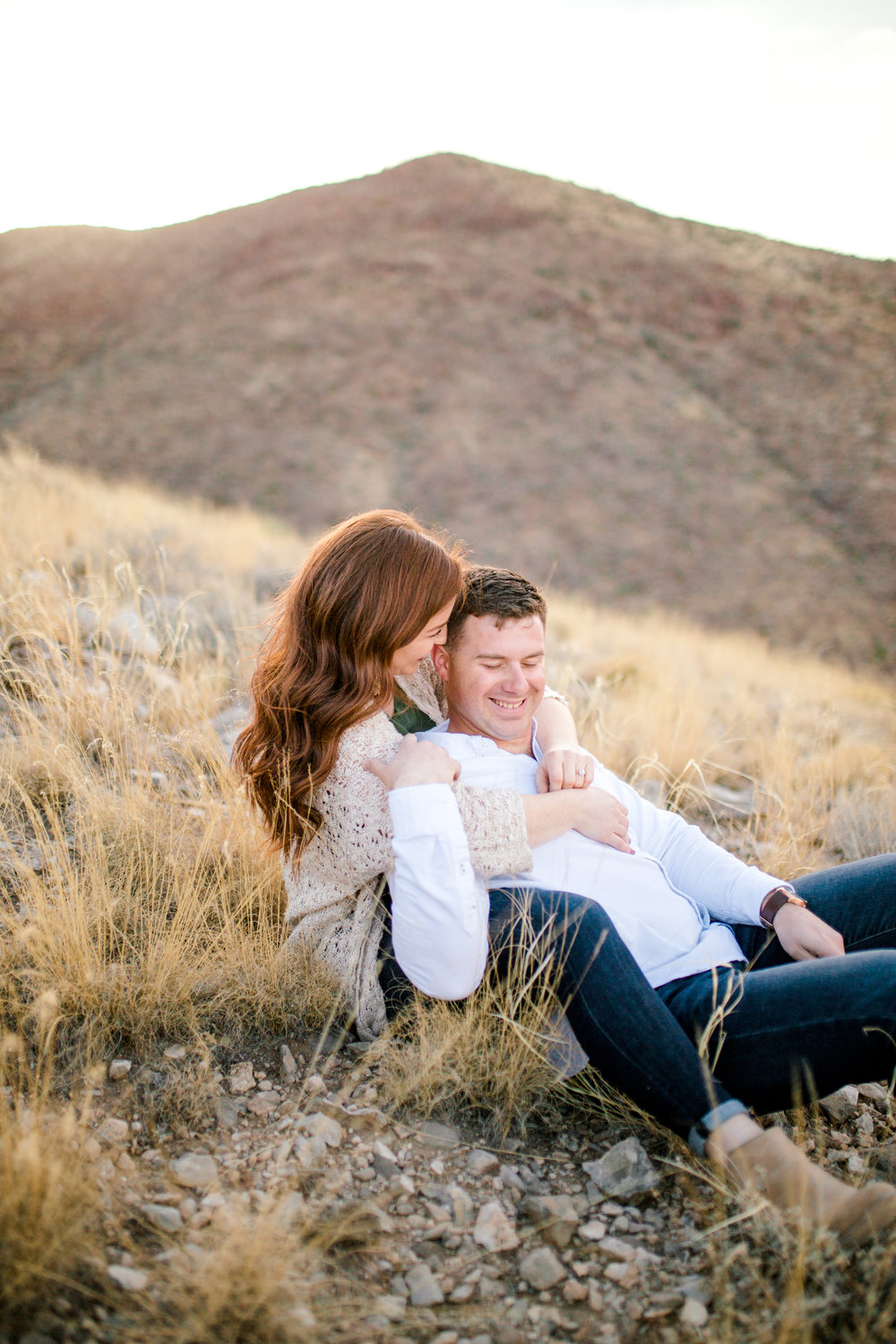 franklin-mountain-el-paso-engagement-sparrow-and-gold-photography-5