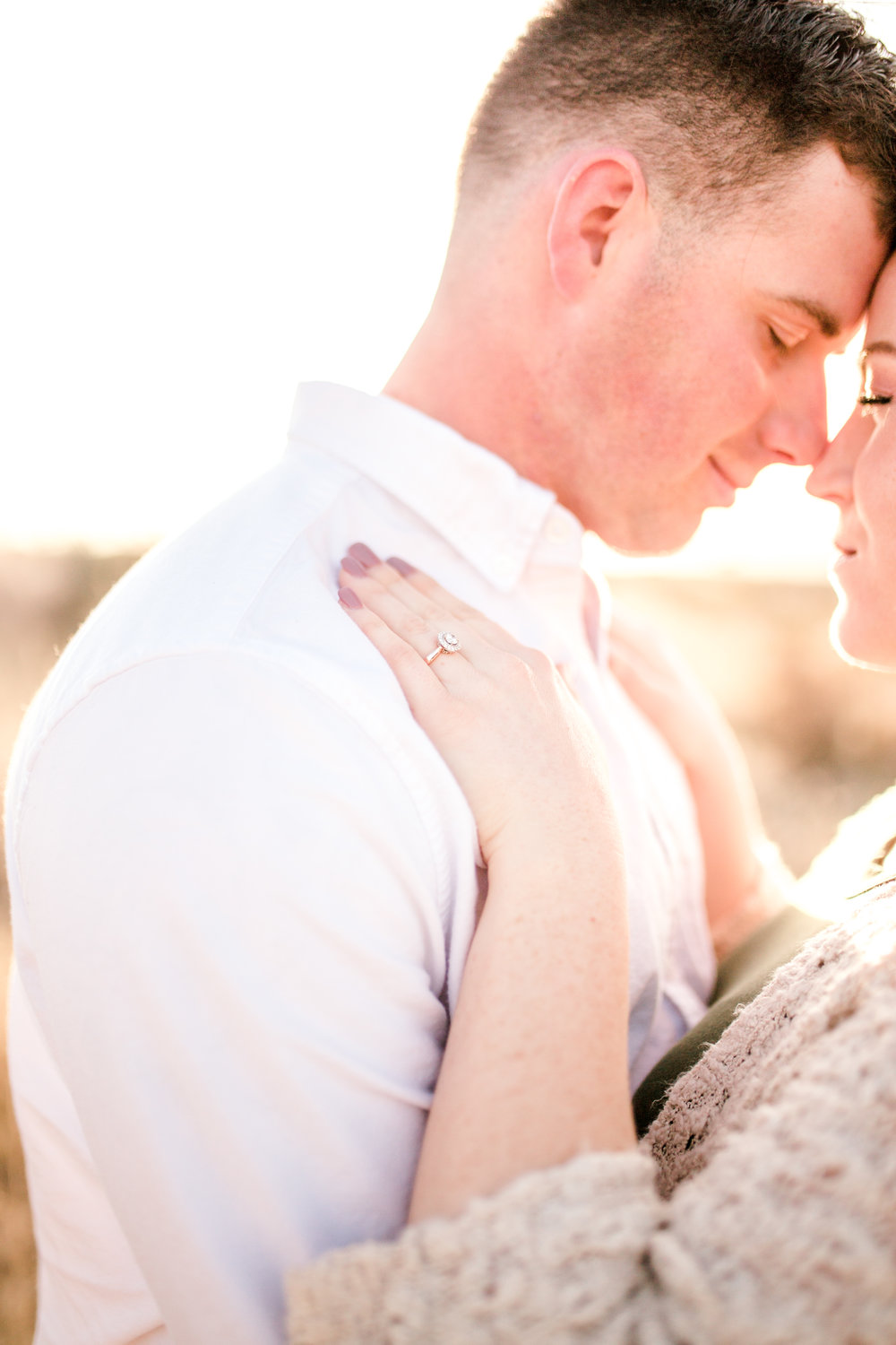 franklin-mountain-el-paso-engagement-sparrow-and-gold-photography-16