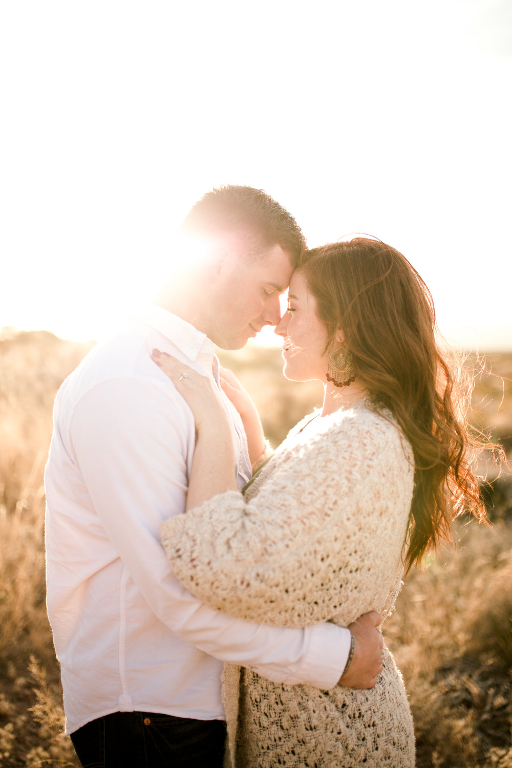 franklin-mountain-el-paso-engagement-sparrow-and-gold-photography-17
