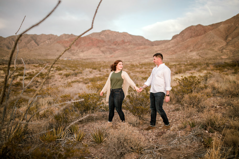 franklin-mountain-el-paso-engagement-sparrow-and-gold-photography-26
