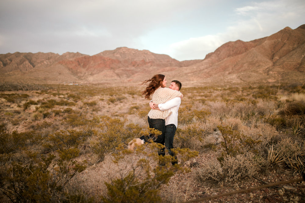 franklin-mountain-el-paso-engagement-sparrow-and-gold-photography-28