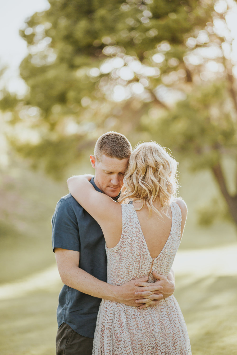 el-paso-memorial-park-engagement-sparrow-and-gold-photography-17