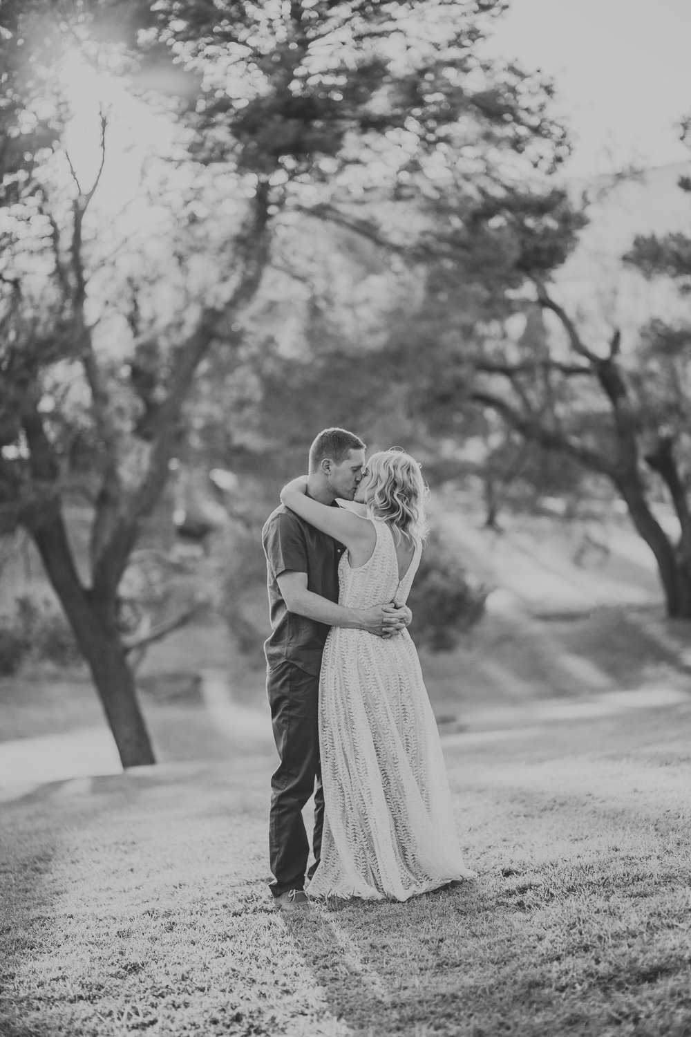 el-paso-memorial-park-engagement-sparrow-and-gold-photography-21