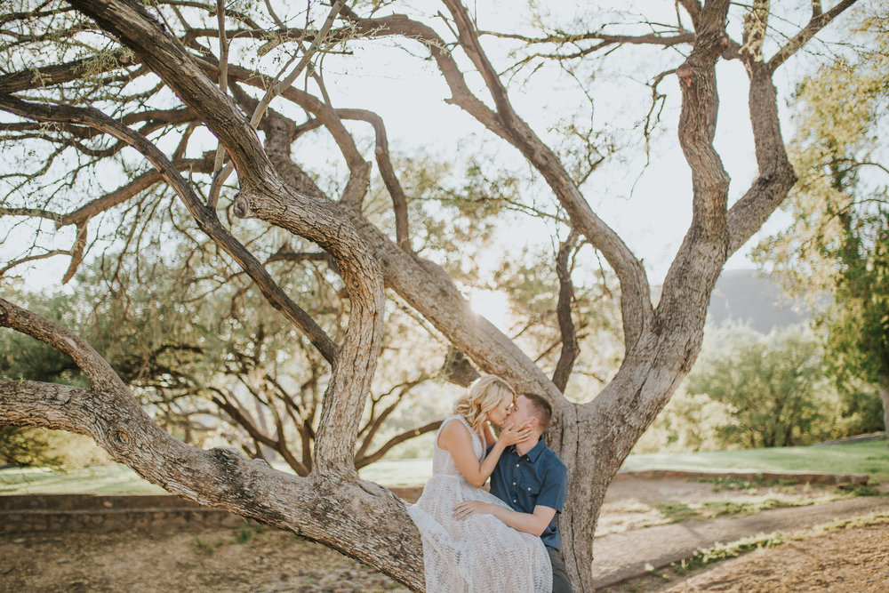 el-paso-memorial-park-engagement-sparrow-and-gold-photography-24