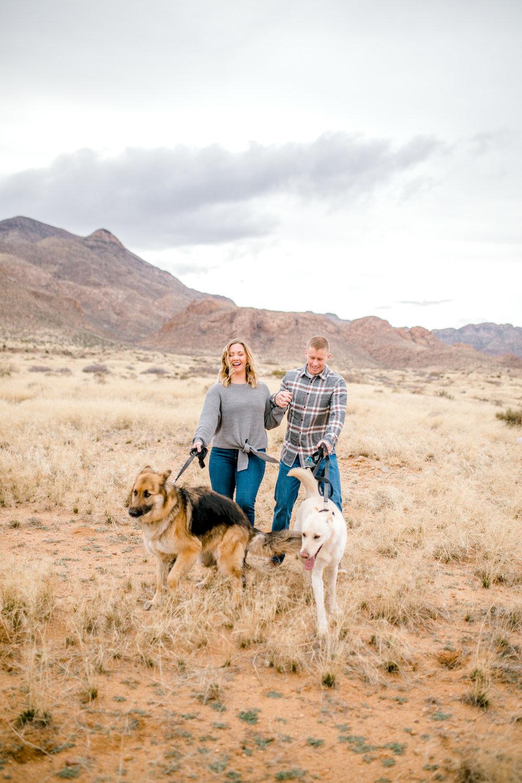 couples-franklin-mountains-el-paso-photographer-1