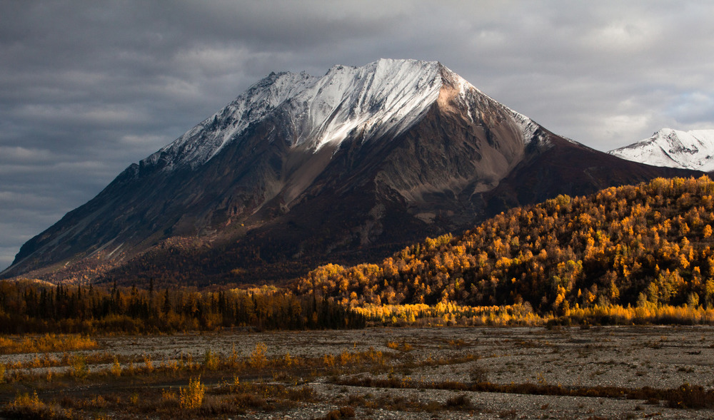 What the Chugach mountain range looked like the day I left Alaska