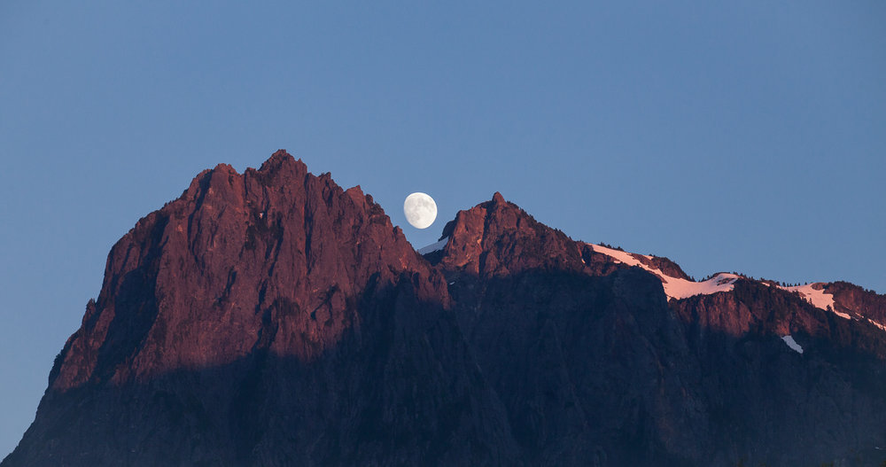 north-cascades-moon-mount-index-washington-travel-explore
