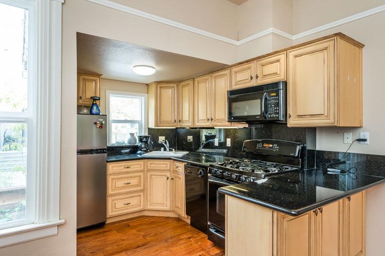 05 - kitchen - 165.jpg