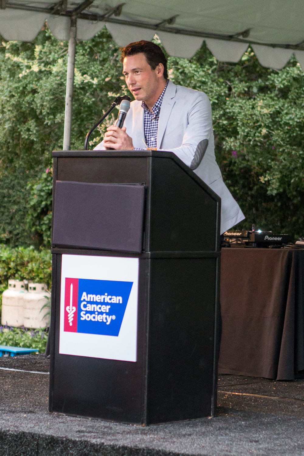 Rocco DiSpirito Hosting American Cancer Society CalSpirit30