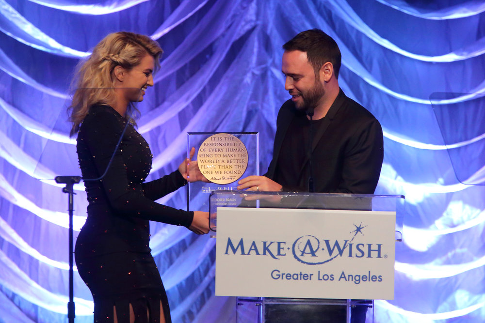 Tori Kelly presents manager Scooter Braun with Humanitarian Award at Make-A-Wish LA Gala