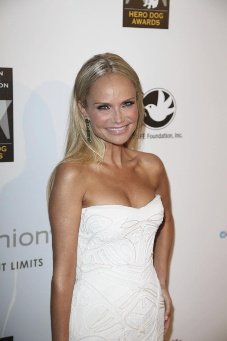 Kristin Chenoweth hosts the American Humane Association Hero Dog Awards