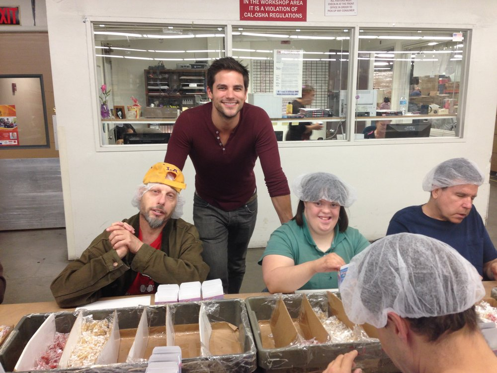 Brant Daugherty visits New Horizons SFV Workshop