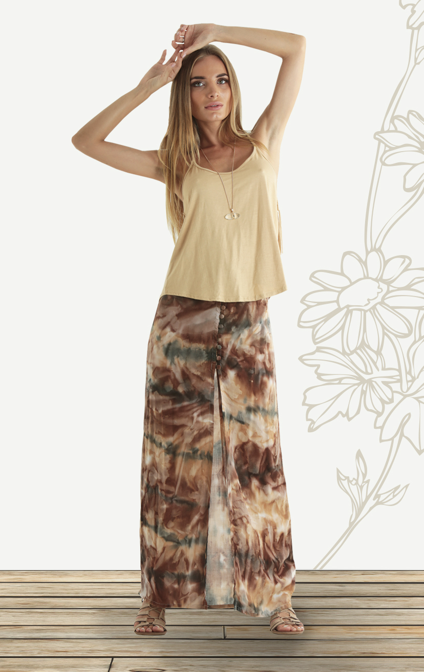TOP MONTANA Skinny racerback spaghetti-strap knit top w/ fringed back detail RAYON SPANDEX | XS-S-M-L – SKIRT KAHALA High waist maxi skirt with front button slit                       RAYON VOIL | XS-S-M-L