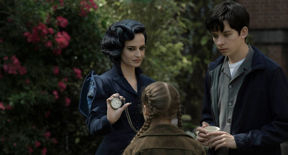 "Peculiar Child: ""What time is it, Miss Peregrine?"" Miss Peregrine: ""Time to get a watch, weirdo"""