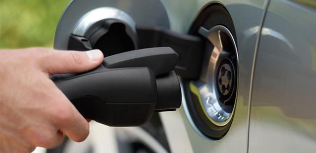 charging-car-cu-620.jpg