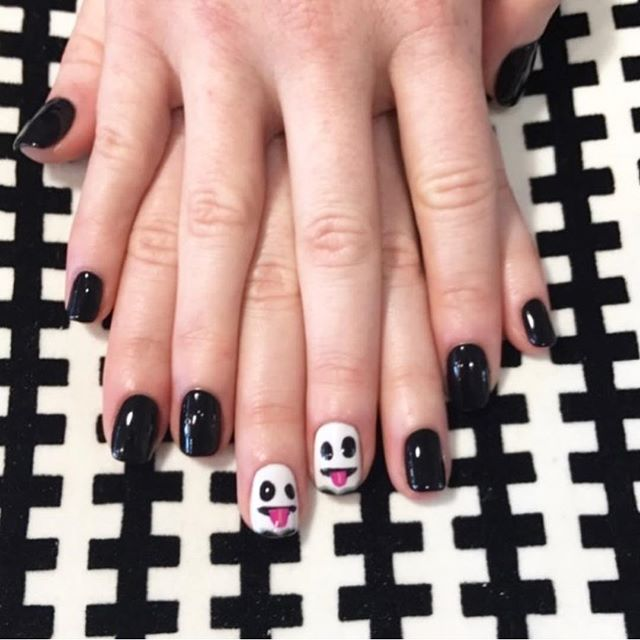 Boo! What Halloween nail designs do you have in mind? 👻
