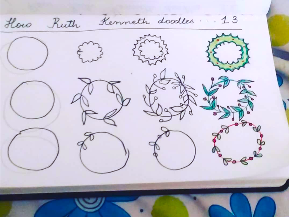Easy Christmas Wreath Doodles to Draw