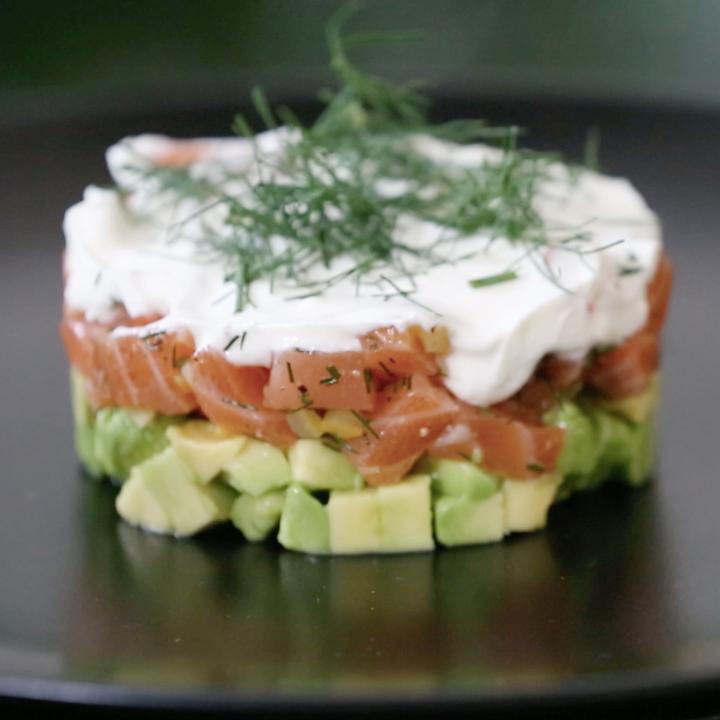 avocado lachs tatar garzeit einfach gut essen. Black Bedroom Furniture Sets. Home Design Ideas