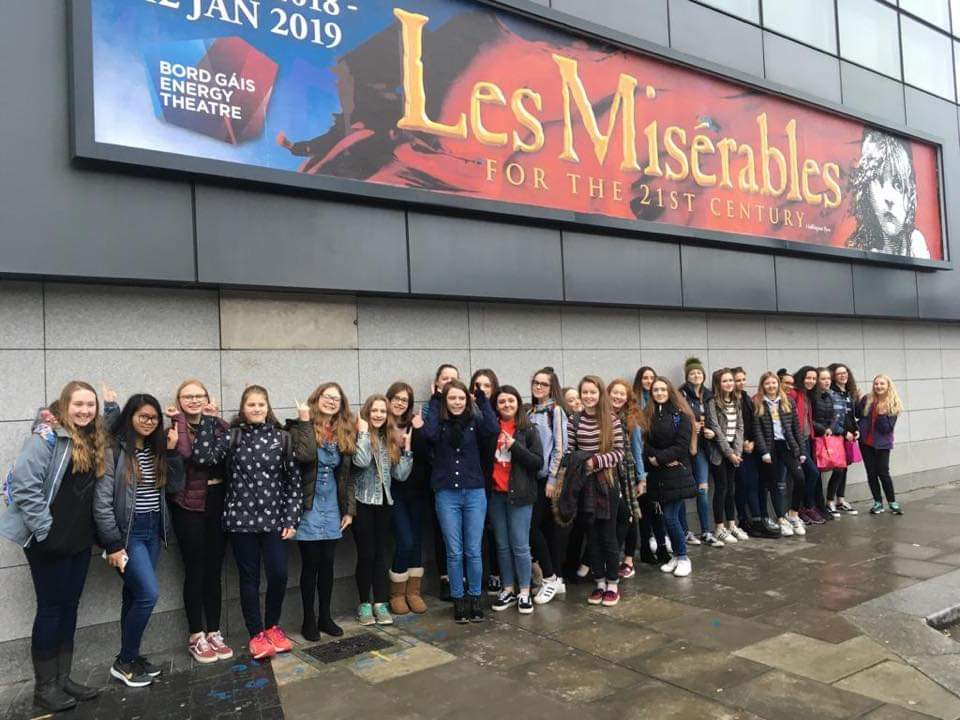 les miserables shared ed.jpg