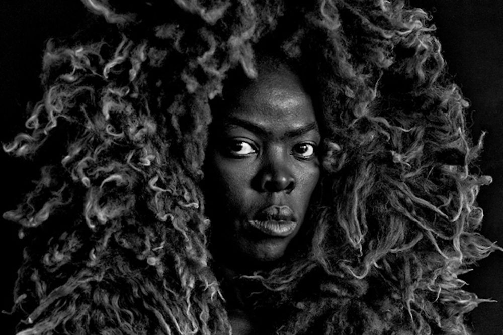 """Somnyama Nogonyama"" de Zanele Muholi à Autograph ABP"