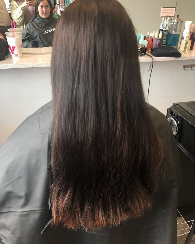 Beautiful hair transformation by Larry on the lovely @karyssashaww_ ! We love the way this color came out and we hope she does too 😊 • • • • • #hairstyles #haircolor #hairtransformation #transformation #hair #color #colorandcut #bridgewaterma #bridgewatersalon #salon #masalon #massachusetts